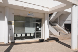 Profesionales sanitarios critican a la Conselleria por la «desprotección» que sufren