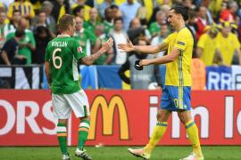 Suecia e Irlanda firman tablas en un partido vibrante