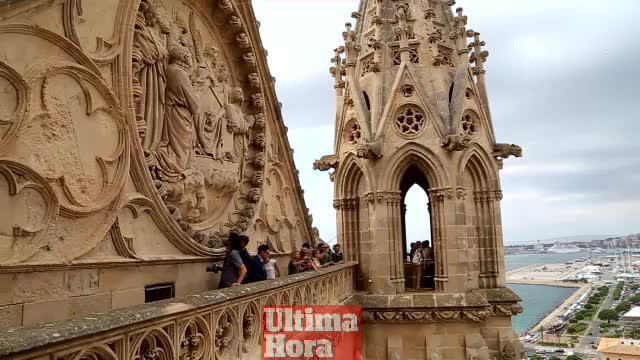 La Seu abre sus terrazas al público, una «joya» gótica