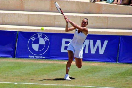 Jelena Jankovic sufre ante Mertens pero accede a cuartos