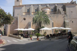 ARCA pide la retirada de una terraza en la placeta del Roser de Santanyí