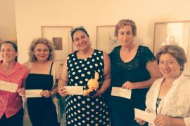Entrega de los primeros microcréditos a mujeres emprendedoras del programa confía en Calvià
