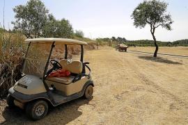 El golf Son Muntaner cambia la hierba