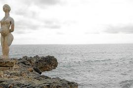 La obra de Joan Bennàssar, en diálogo con el mar de Can Picafort