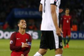 La maldición de Ronaldo complica la vida a Portugal
