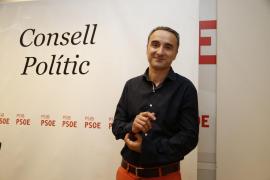 Pere Joan Pons: «Nos tenemos que movilizar para que Rajoy no siga en la Moncloa»
