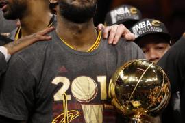 LeBron James y Cavaliers son los nuevos campeones de la NBA