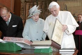 El Papa admite que la Iglesia no ha sido vigilante ni decidida contra la pederastia