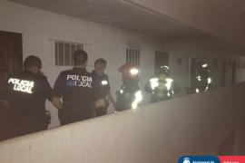 Incendio en un bloque de apartamentos de la Costa de la Calma
