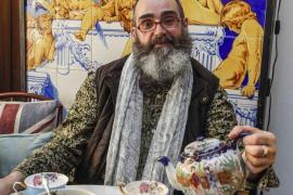 """Félix Martínez: """"Echaba de menos una tienda de té de calidad y decidí crear Queriendo-Te"""""""