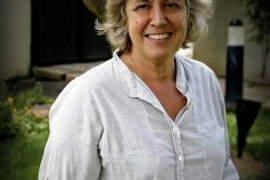 Rosamaría Alberdi, primera enfermera doctor honoris causa