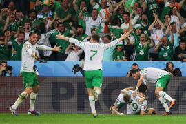 Irlanda se aferra a la Eurocopa a costa de una Italia llena de suplentes