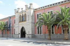 El PSOE pide que el cuartel de General Luque sea Bien de Interés Cultural