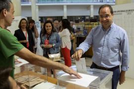 El PSOE dice que Rajoy debe intentar gobernar
