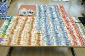 Un hombre roba de forma violenta 20.000 euros a un anciano en Ibiza