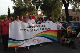 Alrededor de 400 personas se manifiestan en Palma para reivindicar en el 'Día del Orgullo LGTBI'