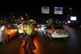 Al menos 32 muertos en un atentado contra el mayor aeropuerto de Estambul