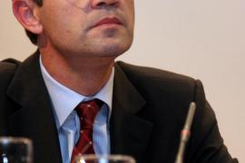 Jordi Gual, un economista de prestigio para llevar el timón de CaixaBank
