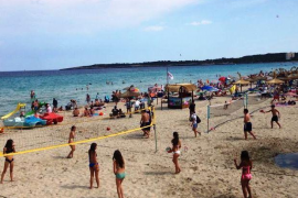 Son Servera inicia un programa de actividades en la playa