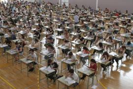 Los exámenes de selectividad contestados en catalán bajan un 2,9%