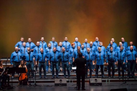 El Mallorca Gay Men's Chorus lleva su espectáculo 'Al desnudo' a Santanyí