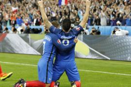 Francia, con goleada, entierra el sueño islandés