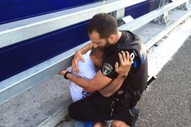 Un agente de la Policía Local de Palma salva la vida a un joven