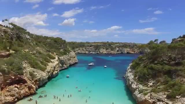 Un turista se enamora de Mallorca y la muestra a vista de dron