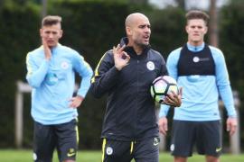 Guardiola dirige su primer entrenamiento al frente del Manchester City