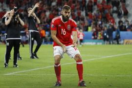 Un jugador de Gales aplaza su boda por la semifinal de la Eurocopa
