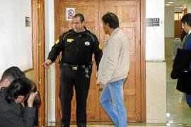 El forense descarta una «epidemia masiva» entre los controladores en 2010