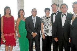 Traspaso de poderes en el Rotary Club Almudaina