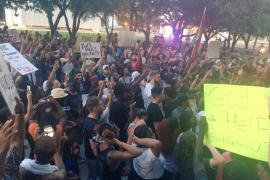 Matan a 5 agentes en Dallas durante las protestas por la violencia policial
