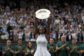 Serena Williams derrota a Kerber y suma su séptimo título de Wimbledon