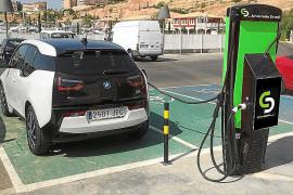 Ayudas de 30.000 euros por municipio para comprar vehículos eléctricos