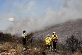 El incendio de La Línea de la Concepción provoca el desalojo preventivo de 420 personas de un establecimiento hotelero