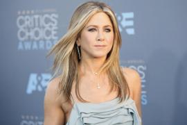Jennifer Aniston se enfurece con la prensa rosa