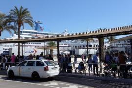 Cort habilitará este mes cuatro nuevas paradas para autocares de cruceristas