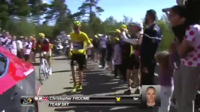 Froome termina la etapa del Tour a pie
