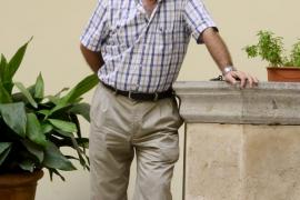 Dimite el regidor de Cultura de Cort Miquel Perelló y le sustituye Carrió