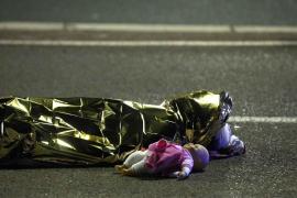Estrosi confirma que hay una decena de niños entre las víctimas