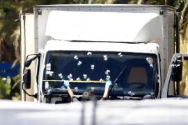 El camión del atentado se alquiló el lunes con documentación válida