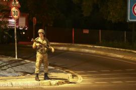 Los golpistas bombardean el Parlamento turco, según medios oficiales