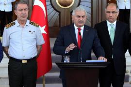 Los organismos judiciales turcos destituyen a 2.745 jueces tras el Golpe de Estado