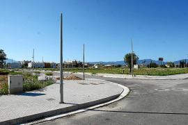 Ayuntamientos y consells insulars paralizan proyectos de construcción por 300 millones