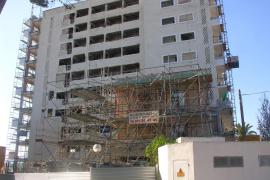 La propiedad de Son Moll proyecta demoler el hotel y reconstruirlo con la misma altura