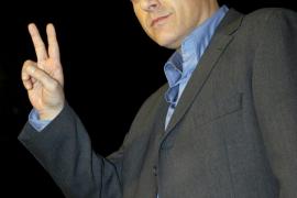 Detienen al actor Tom Sizemore por un supuesto caso de violencia doméstica