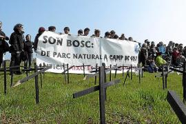 El golf de Son Bosc y los 'party boats' tienen las horas contadas