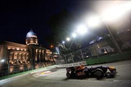 Vettel marca el mejor tiempo, con Alonso cuarto