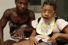 «Mi hija tiene parálisis cerebral y necesita cuidados que no puedo pagar»